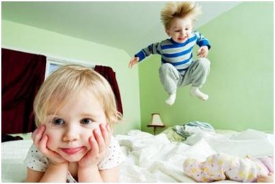 Hiperaktiv izgő-mozgo gyermek